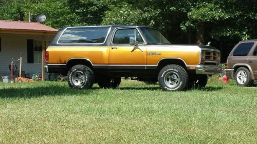 1986 dodge ramcharger 360 v8 auto for sale in columbia sc. Black Bedroom Furniture Sets. Home Design Ideas