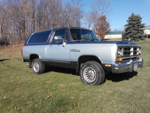 1989 Dodge Ramcharger 318 Auto For Sale in Red Wing, MN