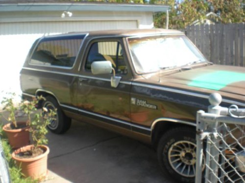 1988 Dodge Ramcharger V8 Auto For Sale in Corpus Christi, TX