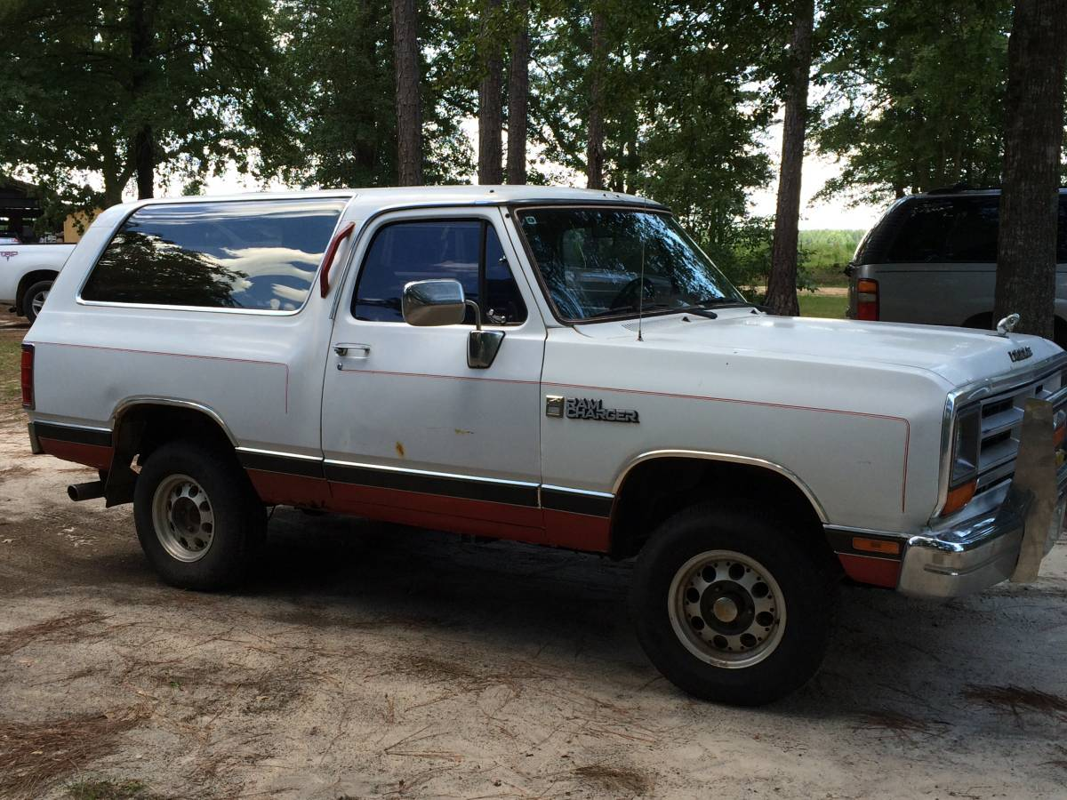 1988 Dodge Ramcharger 4x4 V8 Automatic For Sale in Cochran, GA